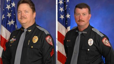 Photo of 2 Police Officers Tied to KKK in Florida