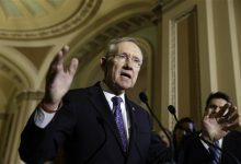 Photo of Sen. Harry Reid's Exit Sets Off Senate Leadership Scramble