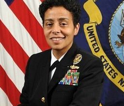 Photo of Michelle Howard Becomes Navy's First Female Four-Star Admiral