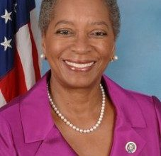 Photo of Christensen Set to be U.S. First Black Female Governor