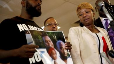 Photo of Michael Brown Family to N.Y. Rally Saturday