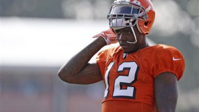 Photo of NFL Suspends Browns Star WR Gordon for 2014 Season