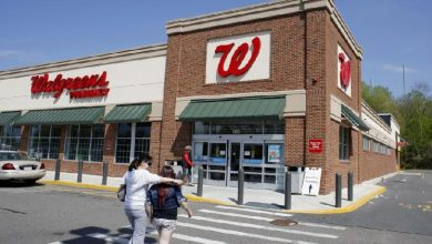 Photo of Walgreen Drops Idea of Tax Shelter