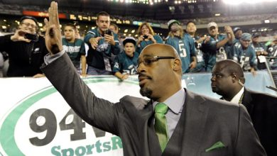 Photo of Donovan McNabb Off the Air at Fox and NBC After Arrest