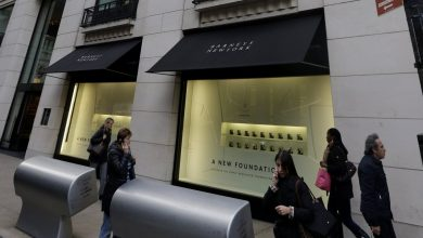 Photo of Barneys Agrees to Pay $525G to Settle Racial Profiling Allegations after Civil Rights Review