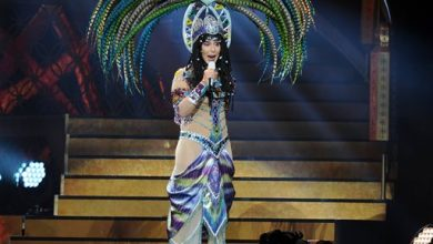 Photo of Backup Dancers Sue Cher for Alleged Discrimination