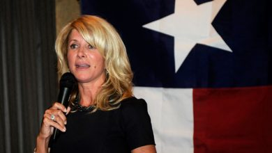 Photo of Wendy Davis Says Memoir Was Not Written to Aid Bid