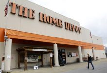 Photo of Home Depot Probes Possible Credit Card Data Breach