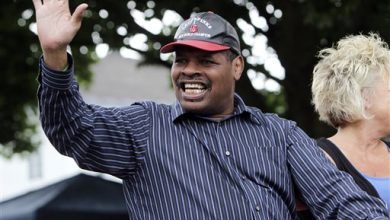 Photo of Former Champion Leon Spinks Hospitalized