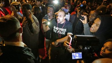 Photo of Off-Duty St. Louis Cop Kills Man, Sparking Protest