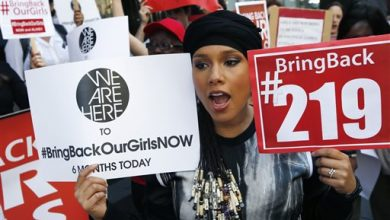 Photo of Alicia Keys Holds Protest for Lost Nigerian Girls