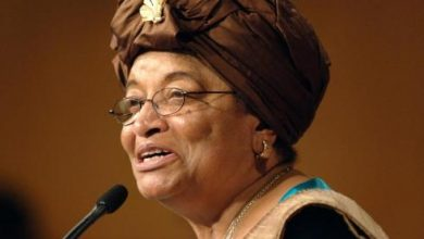 Photo of Liberian President: Help Needed to Stamp Out Ebola