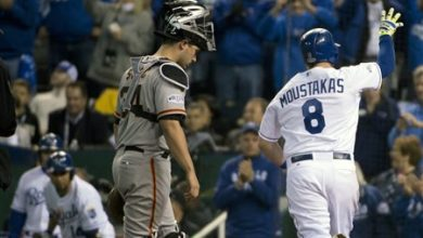 Photo of Royals Rout Giants 10-0, Series Goes to Game 7