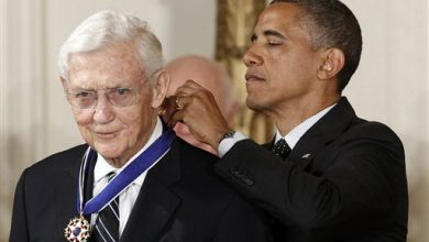 Photo of John Doar, Ex-Civil Rights Lawyer, Dies at 92