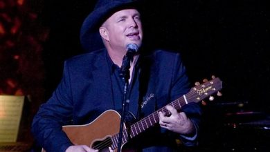 Photo of Garth Brooks Cites Ferguson for Cancellation