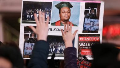 Photo of Police Killings Underscore Need for Reform