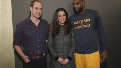 Photo of King James Commits Personal Foul with Royal Touch