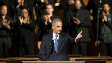 Photo of Holder Announces Plan to Target Racial Profiling