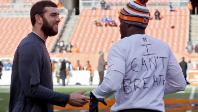 Photo of NFL Players Sporting 'I Can't Breathe' Message