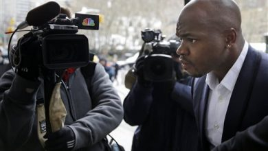 Photo of AP Source: Peterson Hearing Over After 2 Hours