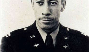 Photo of Tuskegee Airman Lowell Steward Dies in California at 95