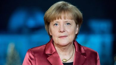 Photo of Merkel Tells Germans Not to Attend Anti-Islam Rallies