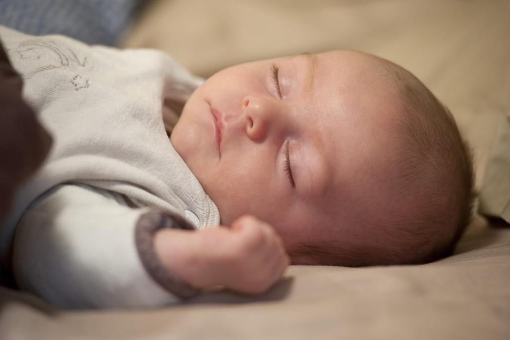 Sleeping baby (Courtesy of netparents.org)
