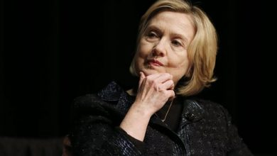 Photo of Hillary Clinton '100%' in for 2016, Will Launch Bid in April: Report