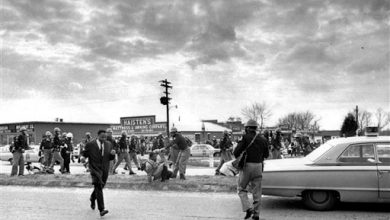 Photo of Senate Votes to Award Congressional Medal to Selma Marchers