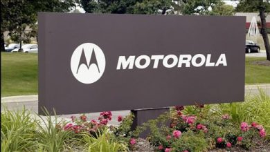 Photo of Faced With a Tech Tsunami, Motorola Fights to Preserve Cop‑Com Franchise
