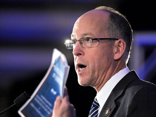 Rep. Greg Walden of Oregon is chairman of the National Republican Congressional Committee, charged with keeping the House majority. (Photo: Cliff Owen, AP)