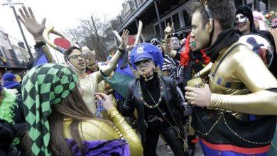 Photo of Mardi Gras: Last Tipsy Revelers Sent Home, Trash Swept Up