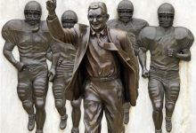 Photo of Poll Says Pennsylvanians Want to See Paterno Statue Restored