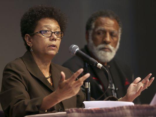 Journalist Dori Maynard speaks at a forum in Oakland on July 18, 2013. (Jane Tyska/Oakland Tribune via AP)