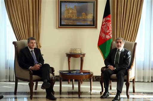 "In this Thursday, Jan. 15, 2015 photo, Afghanistan's chief executive Abdullah Abdullah, right, speaks during a meeting with U.S. Special Representative for Afghanistan and Pakistan, Daniel F. Feld, at Sapidar Palace, in Kabul, Afghanistan. Abdullah said on Monday that his government will begin peace talks with the Taliban insurgents, who have been waging war in the country for more than a decade, ""in the near future."" (AP Photo/Massoud Hossaini)"