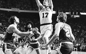 Photo of Henson, Havlicek Among Those Headed Into College Hoops Hall