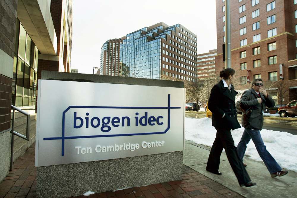 Photo of Biogen's Alzheimer's Drug Slows Mental Decline in Early Study