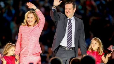 Photo of Cruz Eyes Insurance via Obamacare, a Law He Vows to Scrap