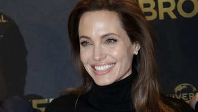 Photo of Angelina Jolie Undergoes Further Preventive Surgery