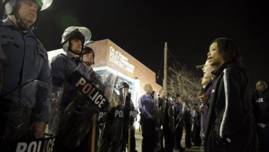 Photo of State Police Take Over Ferguson Security; No Arrests Overnight