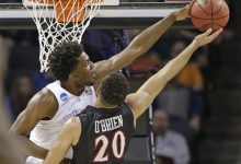 Photo of Titus's Sweet 16 Mailbag: Winslow's Tourney Dominance, Kaminsky's Reverse 'Ball-Punching,' and the WWE-Inspired Innovation to Save College Basketball
