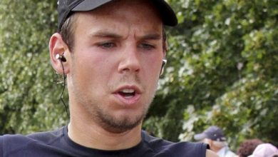 Photo of Co-Pilot May Have Hidden Illness, German Prosecutors Say