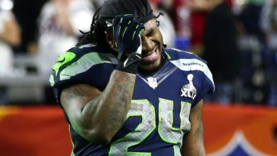 Photo of Marshawn Lynch's Mom Calls for Seattle Seahawks' Offensive Coordinator's Firing