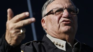Photo of Trump Pardons Convicted Ex-Sheriff Joe Arpaio