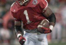 Photo of Coroner: Ex-NFL Running Back's Cellmate Death Ruled Homicide