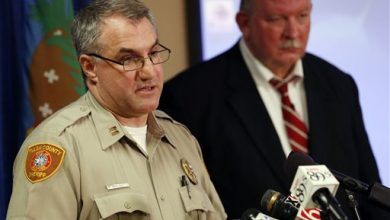 Photo of Reserve Deputy Turns Himself in to Face Manslaughter Charge