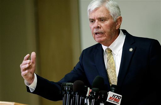 Sheriff Stanley Glanz speaks during a news conference about the reserve deputy Robert Bates' shooting of Eric Harris on Monday, April 20, 2015.  Glanz said he doesn't believe training records were falsified for a volunteer deputy who said he confused his handgun for his stun gun before fatally shooting Harris this month. (Mike Simons/Tulsa World via AP)