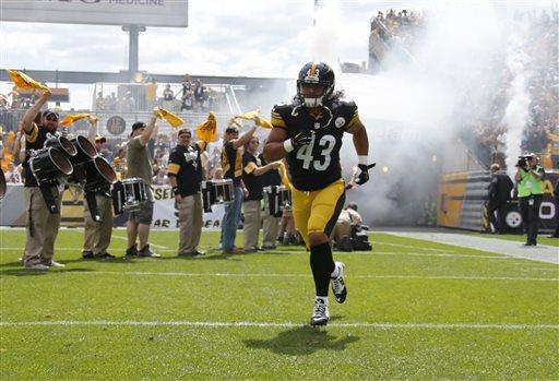 Photo of Steelers Safety Troy Polamalu Retires