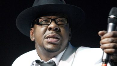 Photo of Bobby Brown 'Completely Numb' After Death of Daughter