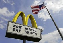 Photo of Ruling Could Ease Way for Unionizing at Fast-Food Chains
